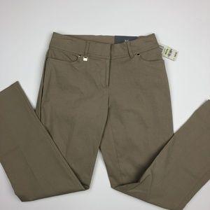 JM Collection Women's Straight Leg Pants Size 4P B